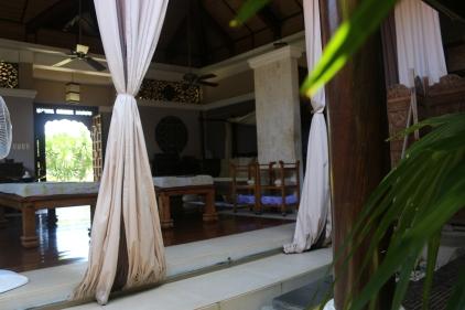 thai villa inside