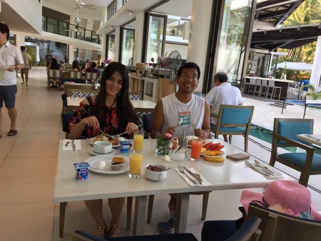 jas and yman breakfast1