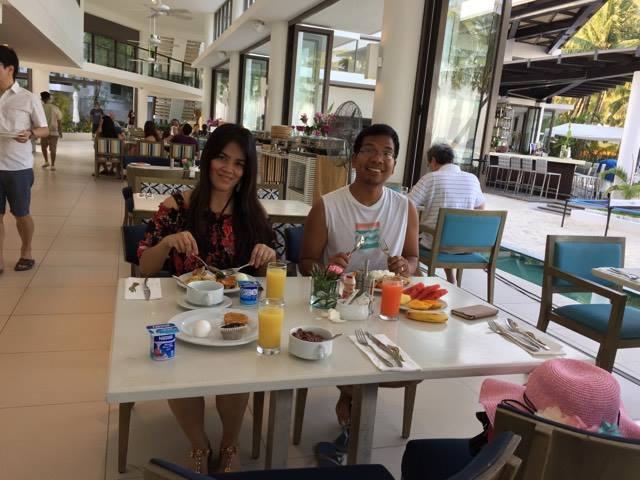 jas and yman breakfast1