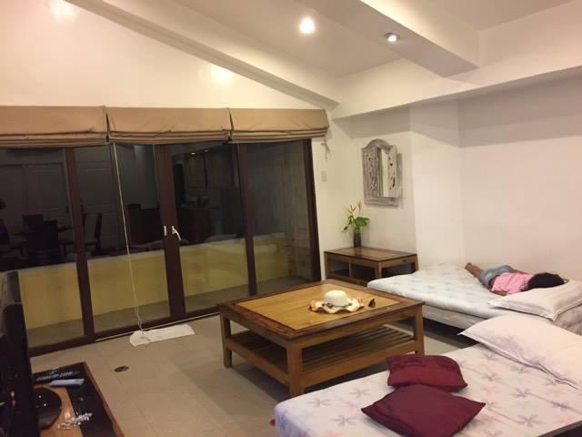 living room true home
