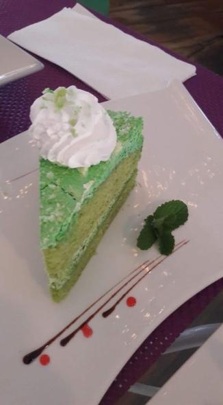 Matcha Green Pea (P80 per slice)