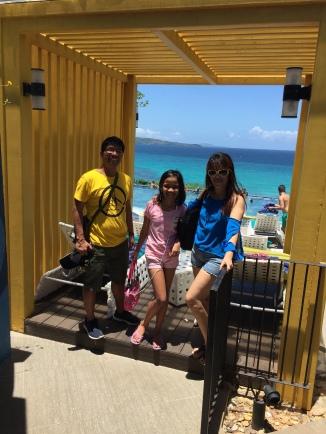 Family pic 2 ventana