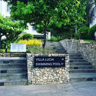 Villa lucia pool day 2