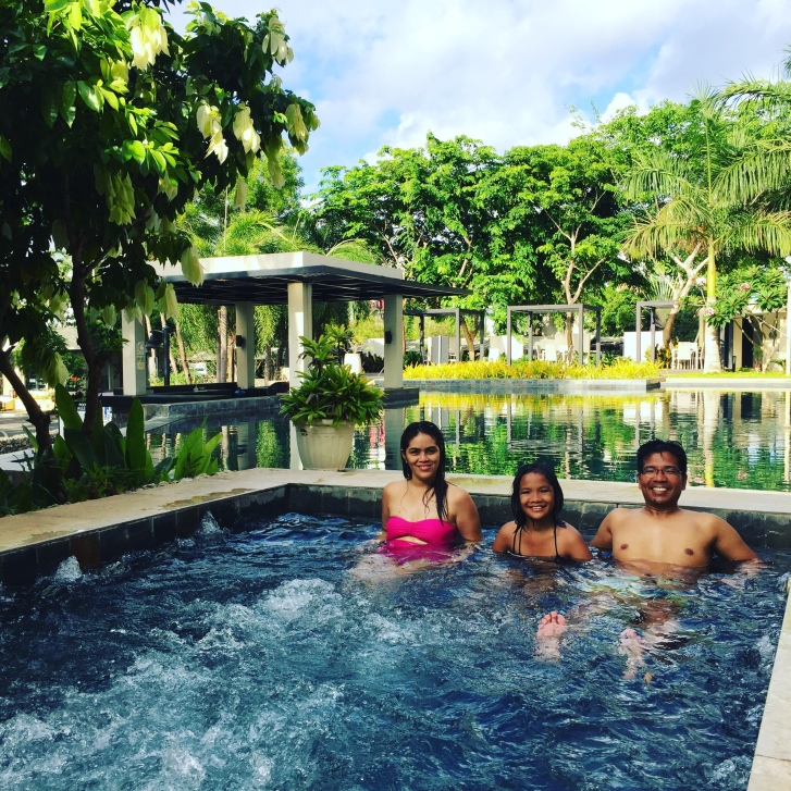 Family pic lucia jacuzzi