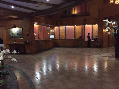 lobby night2