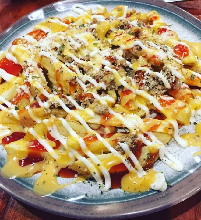 cheesy meat fries.jpg