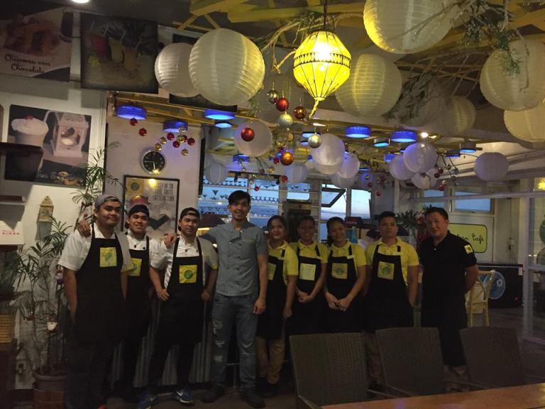 staff yellow lantern