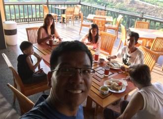 breakfast whole family
