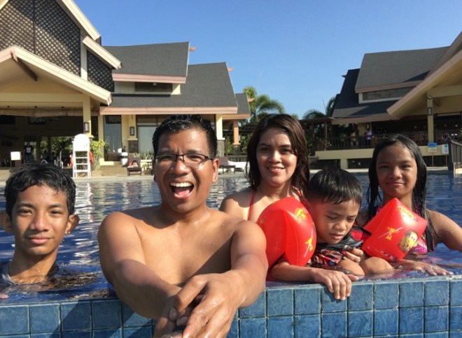 family pic pool 1.jpg