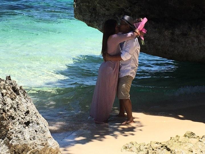 kiss beach