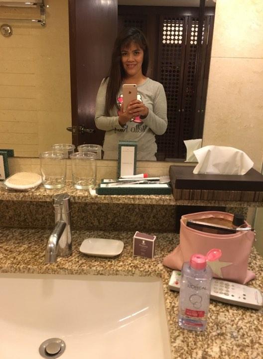bathroom selfie